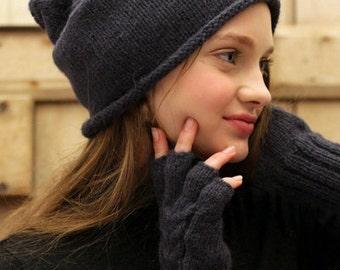 Alpaca Slouchy beanie, hand knitted, 8 colours