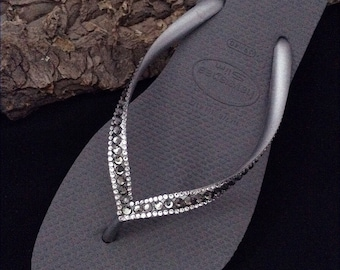 Havaianas Slim Flip Flops Silver Seal Steel Gray Charcoal w/ Swarovski Crystal Sophisticate Gray Sandals Jewel Rhinestone Bling Beach Shoes