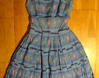 Authentic dress Tulip of the 1960s