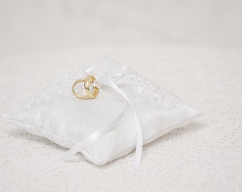 Wedding Ring Bearer Pillow Bridal Ring Pillow White Satin And Lace Ringbearer Pillow