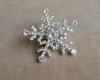 Snowflake BROOCH, sweater pin, snowflake tie tack,Winter jewelry,Winter Wedding,snowflake jewelry,christmas jewelry brooch SILVER wholesale
