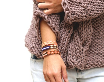 Friendship Bracelet. CHOCO...