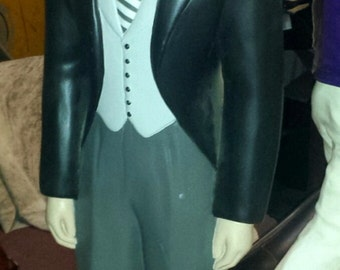 Rare Vintage 1950's Groom tabletop mannequin.