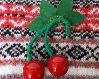 Vintage style Cherry Brooch,Christmas Gift, Stocking Filler,cherry corsage, Cherry Brooch, Vintage, 1940s 1950s style Cherry brooch