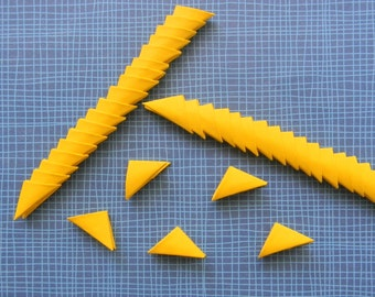 320 yellow 3d origami triangle pieces