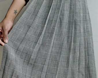 vintage high waist houndstooth circle skirt, size large