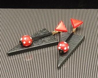 Geometric Earrings Vintage Graphic Black Red