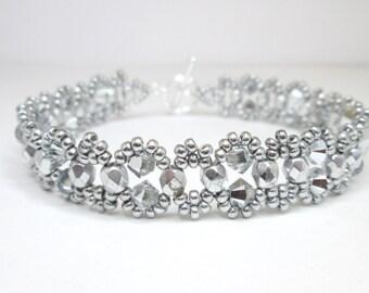 Silver beaded bracelet, crystal comet, swarovski bracelet, seed bead bracelet, elegant bracelet, BR001