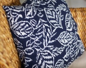 Navy Floral Linen-like Cover - 18X18