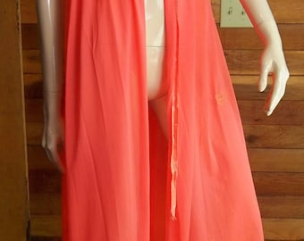 Vintage Lingerie 1960s TEXSHEEN by Russell Newman Peach Size 34 Peignoir or Robe