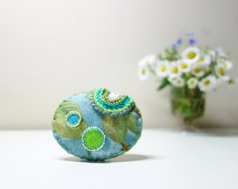 Dewdrops Blue Green Brooch. Mint Green Raindrops Oval Brooch. Green Leaves Textile Brooch. Spring Turquoise Blue Brooch.