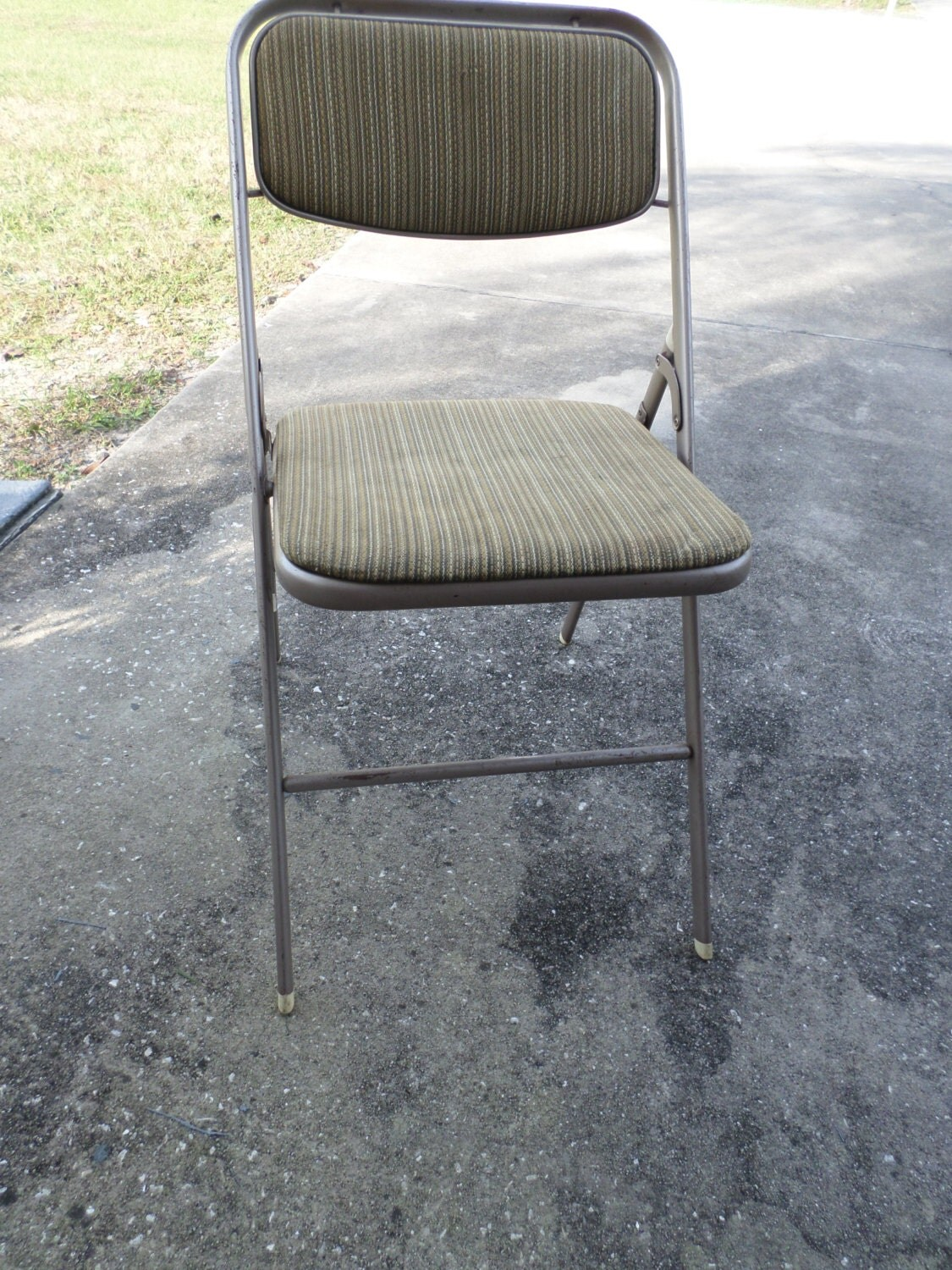 2 Vintage Samsonite Metal Folding Chairs