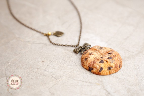 Cookie pendant scented jewelry food jewelry miniature for How to make scented jewelry
