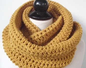 Chunky Infinity Scarf Crochet scarf Knit scarf Winter scarf Cowl Wrap Neckwarmer Women gifts for her for him Girlfriend Boss Mustard scarf