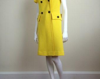 bright yellow mod wrap dress w/ black button details 60s