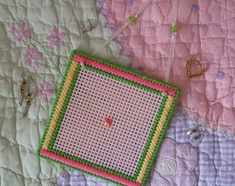 Plastic Canvas: Pink and Pretty Earring Holder