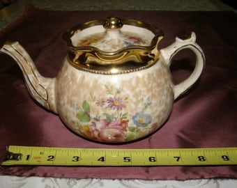 VINTAGE ARTHUR WOOD  9x5 in Sponge Ware Floral w/Gold Tea Pot #3726
