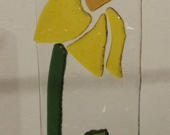 Daffodil sun catcher hanger fused glass yellow spring