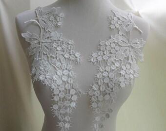 Venise Venice White Lace Grape Motif Sewing Applique - One pair