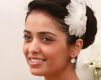 Vintage-Inspired Simple Bridal Feather Clip, Wedding Hair Accessories, Bridal Fascinator, Hair Clip, Wedding Hair Clip