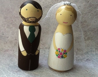 Wedding Cake Topper Wooden Dolls Peg People Shabby Chic Bride and Groom Figurine Vintage