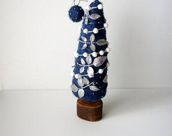 Christmas Tree, Felt Christmas Tree, Home Decor, Holiday Decor, Decorate for the Holiday, Festive Home Decor