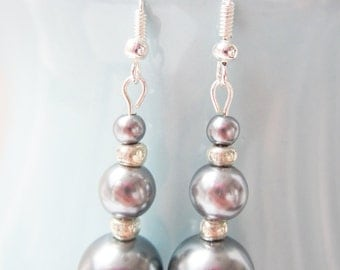 Glass Pearl Drop Earrings - Pewter  |  The Besties Bridesmaid Collection