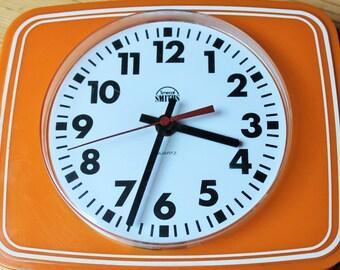Items Similar To Spartus Corporation Salt Box Clock On Etsy