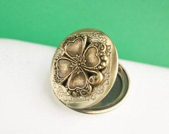 Clover Locket, Vintage Brass Locket Necklace, Secret Locket, Antique Locket, Gift for Her, Shamrock Locket