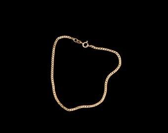 Delicate 10K Gold Bracelet