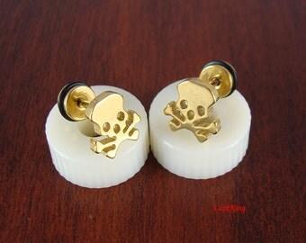 Pirate skull stud earrings, gold stud earrings, pirate skull earrings, pirate earrings, small stud earrings, tiny skull earring, ER445