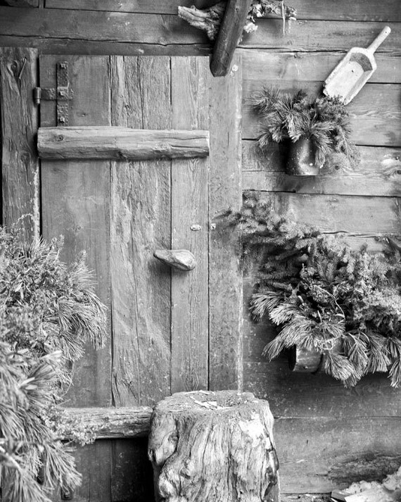 Cabin decor rustic door holiday winter photography black for Winter cabin bedding