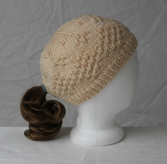 Knit Hat Pattern Ponytail Hole : Knit Ladies Ponytail Hat in Oatmeal