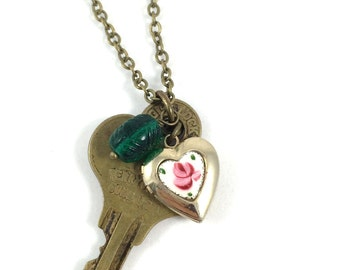 Key Necklace, Vintage Key Necklace, Bronze Key Necklace for Women, Upcycled Jewelry, Romantic Jewelry, Rustic Jewelry, Gift for Her