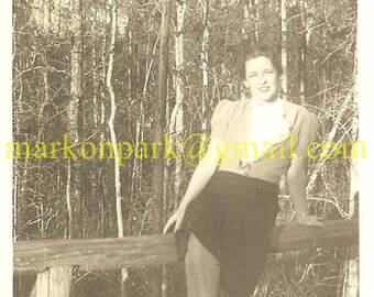 Vintage Photo: 1940s Glamour Girl