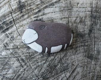 Flat Beach Slate Sheep
