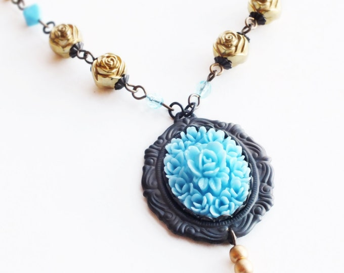 Blue Rose Necklace Vintage Rose Cameo Pendant Necklace Floral Wedding Jewelry Victorian Style Blue Rose Light Blue Bridal Wedding Necklace