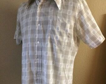 Vintage Men's 60's Shirt, Cotton, Polyester, White, Tan, Short Sleeve (L)