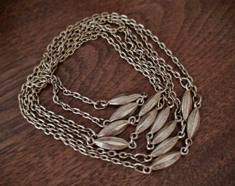 Vintage Long Looping Gold Neck Chain, Versatile and Stylish