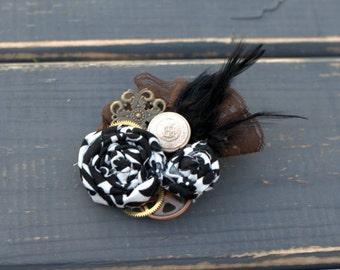 Steampunk Feather Fascinator in Bronze, Black and White Steampunk Hat Steampunk Wedding Fascinator Steampunk Hair Clip Steampunk Wedding