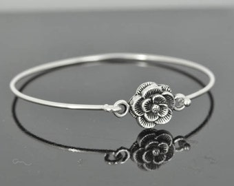 Flower Bangle, Sterling Silver Bangle, Flower Bracelet, Stackable Bangle, Charm, Bridesmaid Bangle, Bridesmaid jewelry, Bridal Bracelet