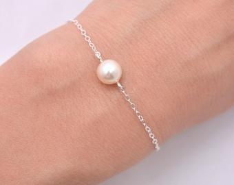 Set of 6 Ivory Pearl Bracelets, 6 Bridesmaid Bracelets, Cream Pearl Bracelet, 925 Sterling Silver 0165