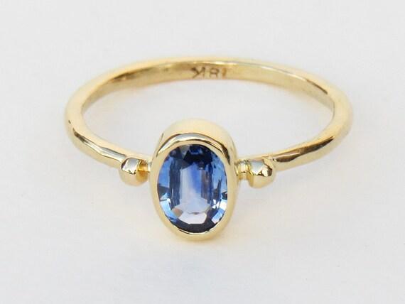 blauer saphir ring gold saphir ring verlobungsring. Black Bedroom Furniture Sets. Home Design Ideas