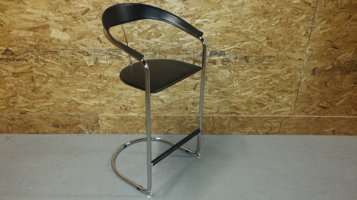 Leather And Chrome Bar Stools Made In Italy Haute Juice