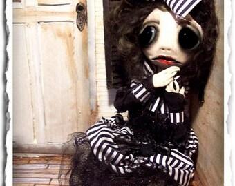 Gothic Art Doll OOAK - Creepy Cute - Art Sculpture