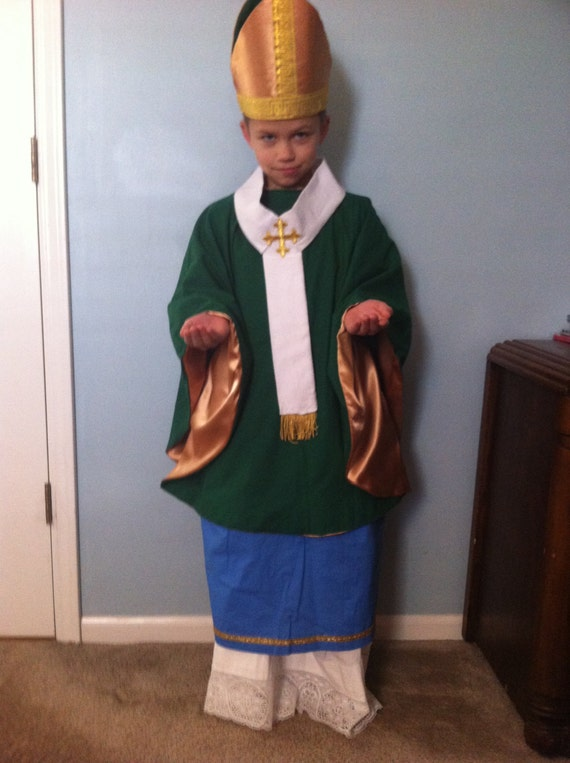 5 piece Saint Patrick costume