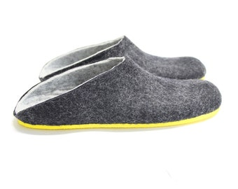 Mens Felted Slippers Slides, Slippers Felted Organic Wool Mules Shoes, Bedroom Slippers Foot Massage Pure Wool, Personalized Shoes Cool Dad