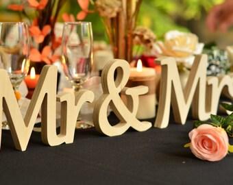 Wedding reception Mr & Mrs Wedding Sign. Wedding Decor. Rustic Wedding Sign. Rustic Wedding Decor.