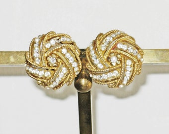 Vintage Crown Trifari Gold Tone Clear Rhinestone Pinwheel Clip Earrings (E-2-2)