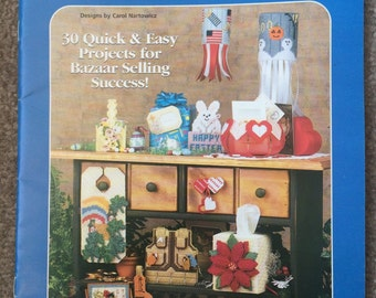 Christmas and Thankgiving Plastic Canvas Patterns, Holiday Bazaar Bestsellers by House of White Birches 30 Seasonal Designs Leaflet 181041